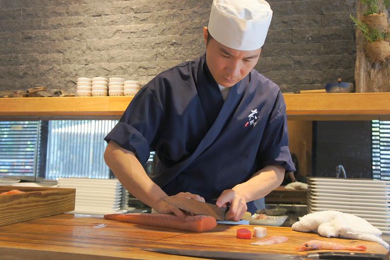 【食】台中北區─高CP值無菜單料理「本壽司」日式料理