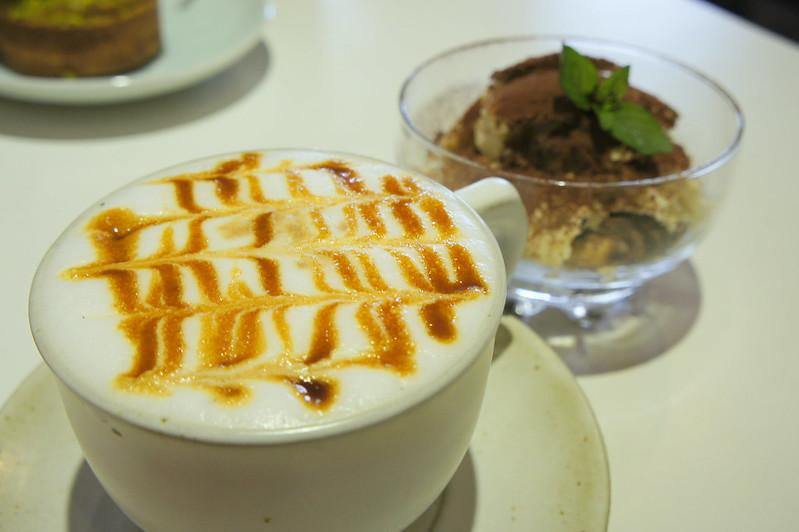 台中東勢─自家烘豆精品咖啡「何朝宗建築事務所咖啡」