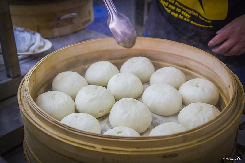台中─南屯|師出同門手藝再改良「第二市場肉包餛飩湯公益店」