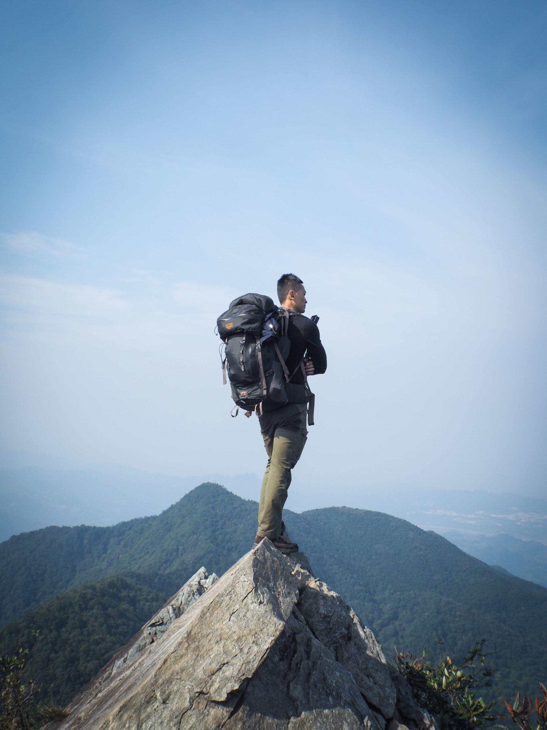 台中|攀越岩稜陡壁才能抵達的IG打卡秘境-鳶嘴山